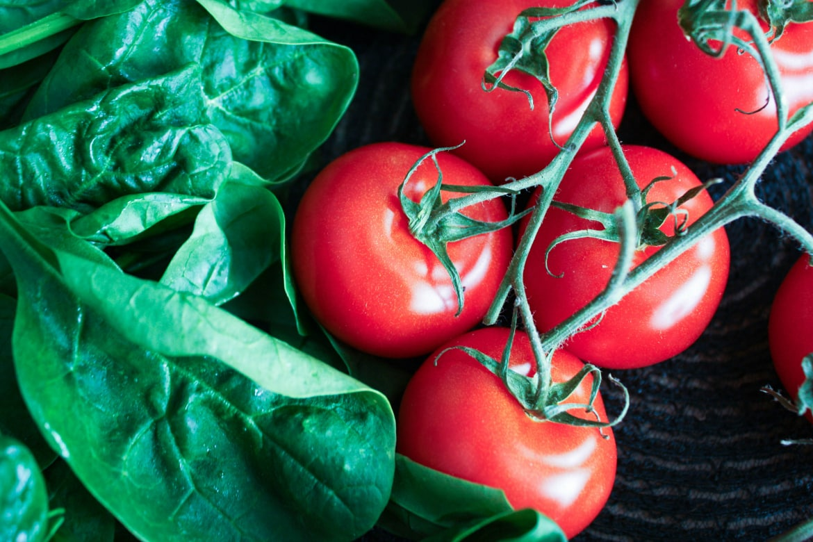 Global News - Fruits and vegetables you should never eat raw — and the ones you should