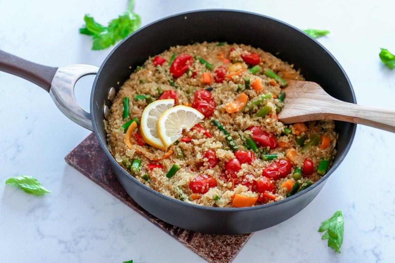 asparagus tomato quinoa salad